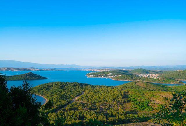A view to Alibey Islands #Turkey صباح الخير! هنا تبة الشيطان في باليكسر #تركيا