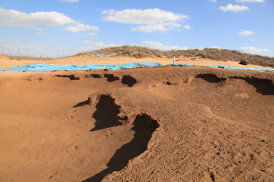 DaluDunes_0014_#18 Greenside Bunkers.jpg