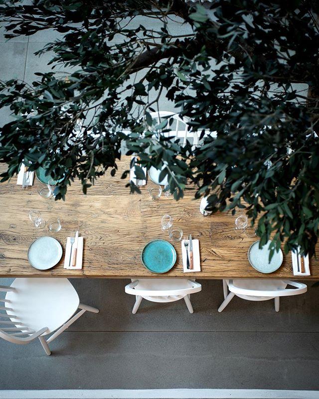 Le nouveaux restaurant Yaya est livré  #atelieruoa #hallesecretan #interiordesign #yaya #kalios #grece #paris #food #convivialité #partage #architecture #design #architects  #kitchen #project @yayarestaurant @juanarbelaezchef @mykalios
