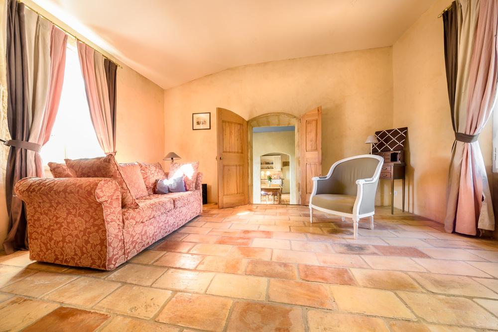 321 Lux-Foch Sotheby's-Maison à Laudun-2.jpg