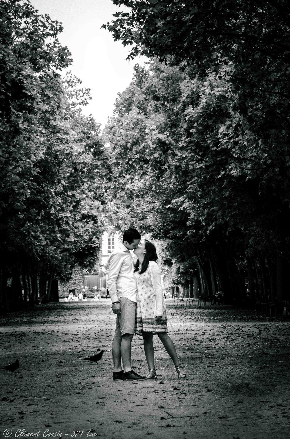 321 Lux-Portrait-Couple-Paris-8.jpg