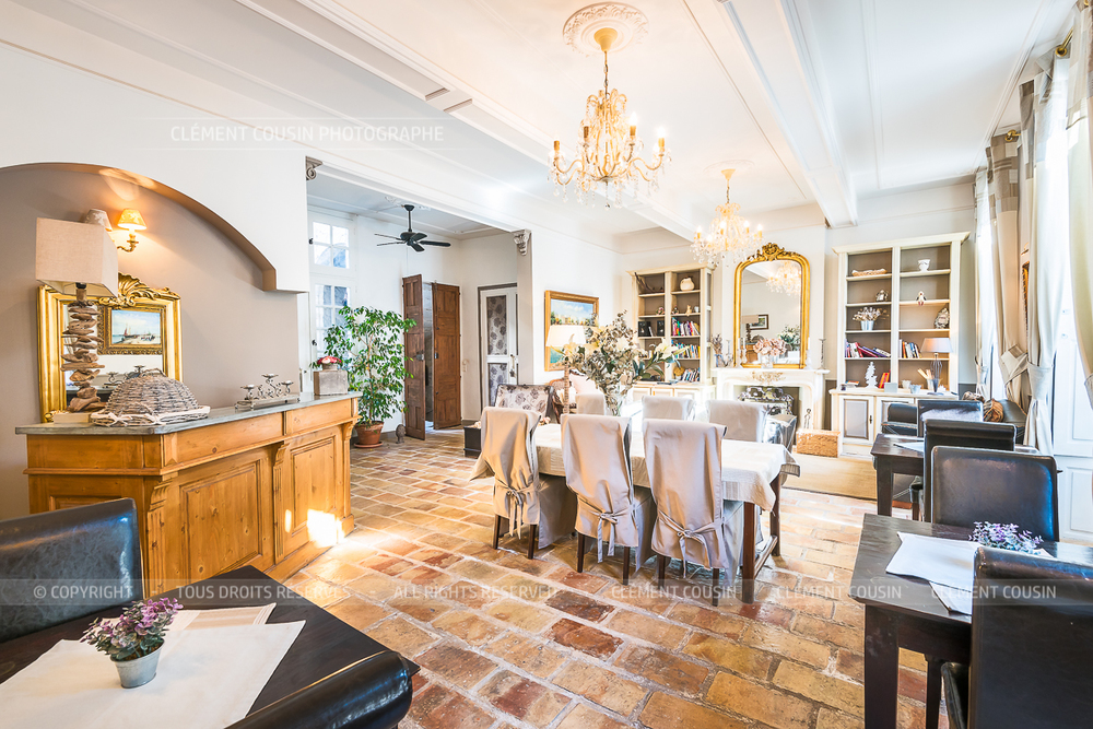 Immobilier-prestige-hotel-particulier-chambre-hote-pezenas-clement-cousin-6.jpg