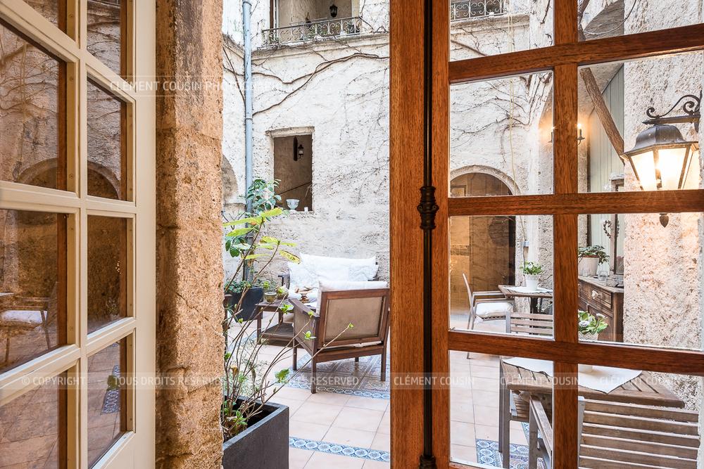 Immobilier-prestige-hotel-particulier-chambre-hote-pezenas-clement-cousin-17.jpg