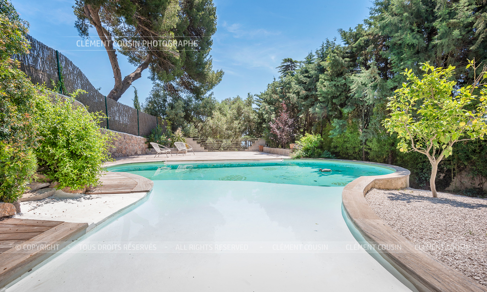 Sotheby's villa sète piscine terrasse-8.jpg