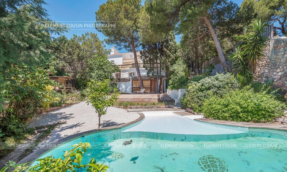 Sotheby's villa sète piscine terrasse-2.jpg