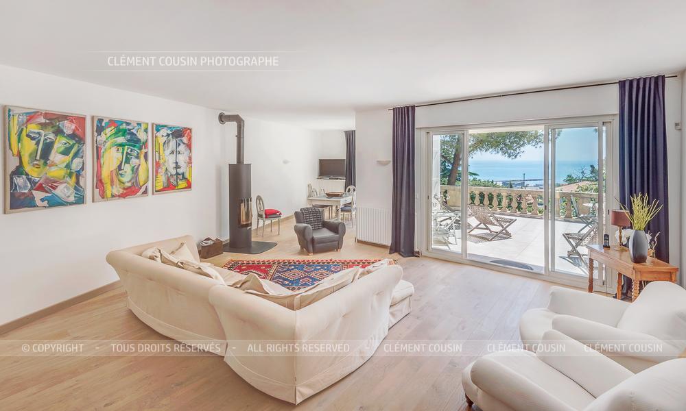 Sotheby's villa sète piscine terrasse-3.jpg