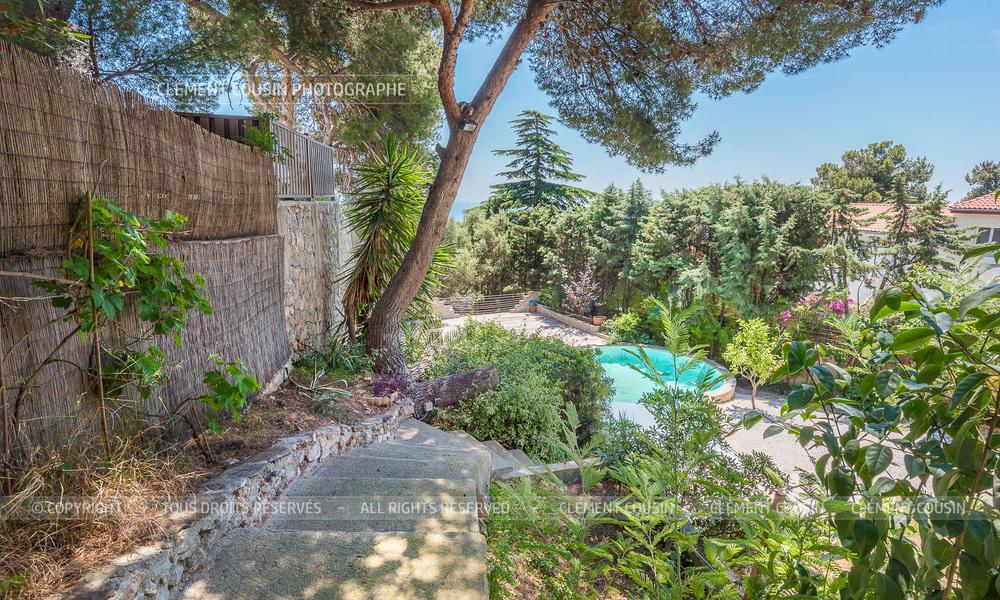 Sotheby's villa sète piscine terrasse-5.jpg