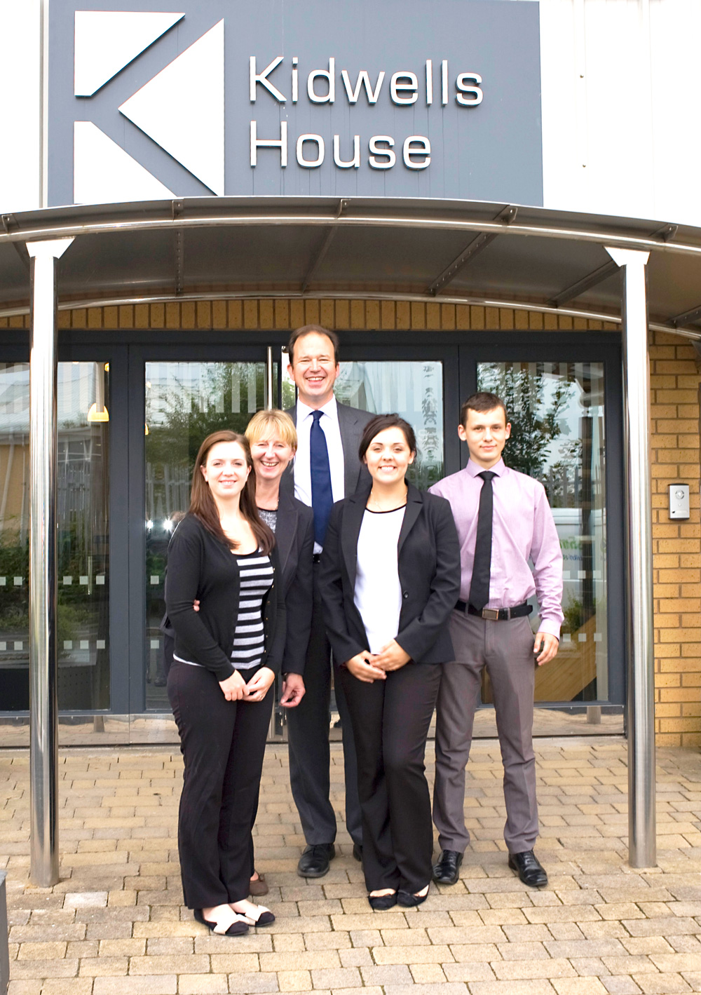 Jesse Norman with Practice manager Julie Ferguson, Lauren Cuthbertson,Holly Thomas and Denis Pytel