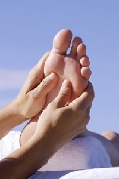 foot-massage_21254995.jpg