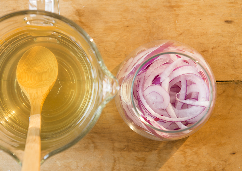 quick pickled red onions - chasing saturdays