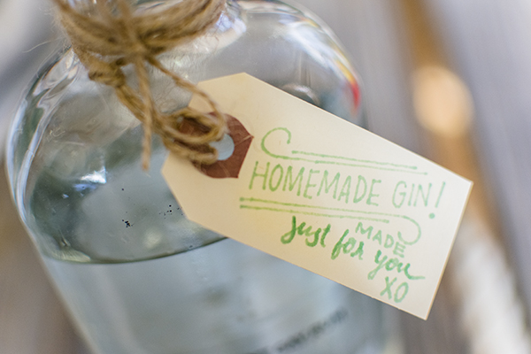 homemade gin - chasing saturdays