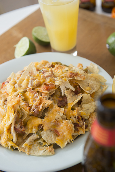superbowl nachos - chasing saturdays