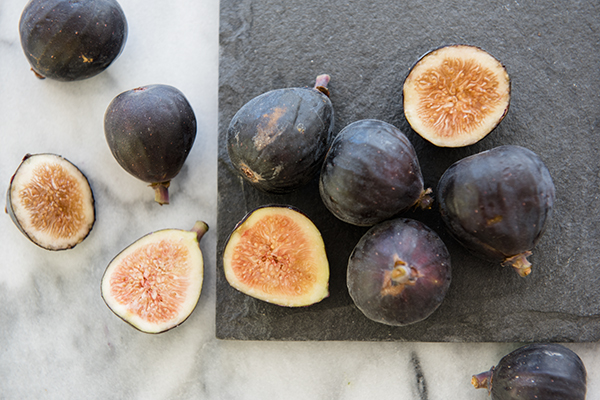fresh figs - chasing saturdays