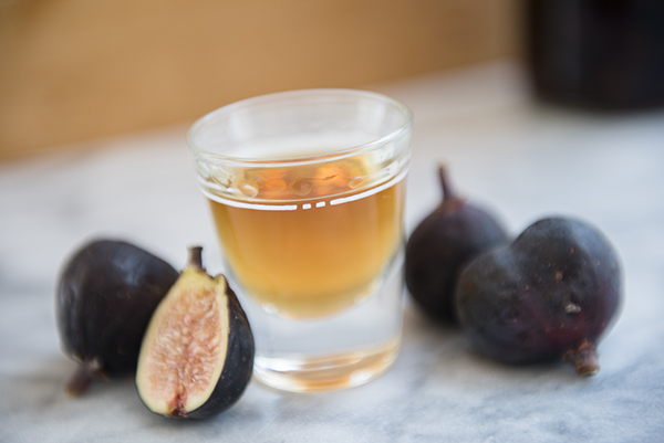 fig infused vodka - chasing saturdays