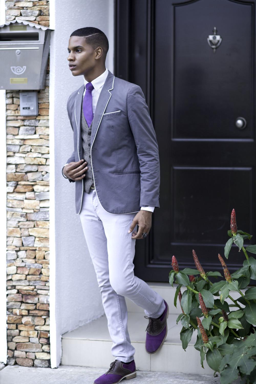 Blazer:H&M// Trousers: Levis