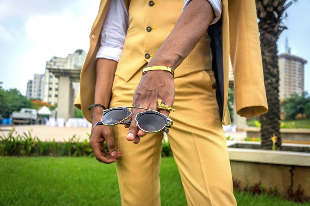 Sunglasses: DAPMOD ( IG: @dapmod)