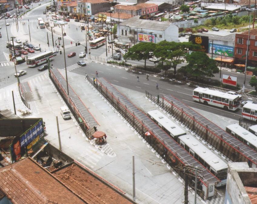 Terminal de Ônibus do Largo da Batata - São Paulo