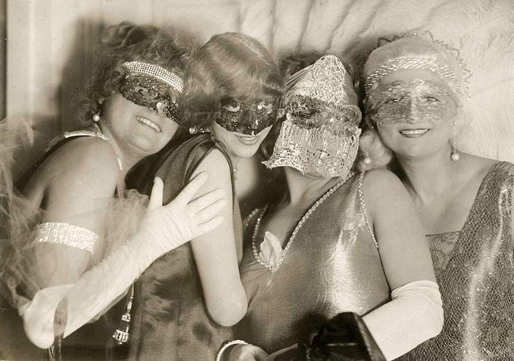 shimmering succotash sister!?-lady miss kier sisterwolf: Carnival ladies, 1925