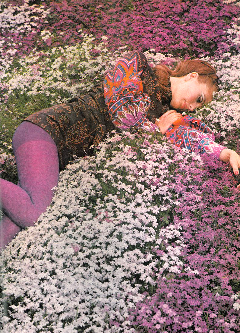 a beautiful sunny day in NYC… is just around the bend.-lady kier Photo by Norman Parkinson, 1968. photo posted by theyroaredvintage