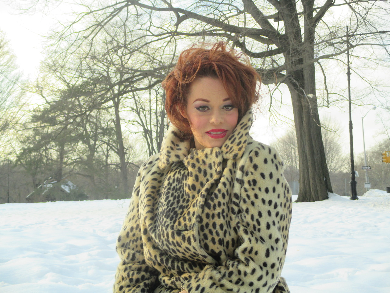 Happy valenTIME  ! 2014  from snowy brooklyn… https://soundcloud.com/lady-miss-kier/dee-jay-lady-miss-kier-nu-acid photo by ; Emme Irwin