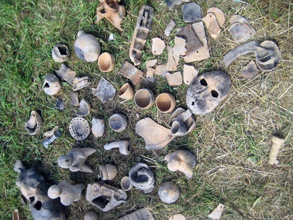 Išdegti keramikos dirbiniai