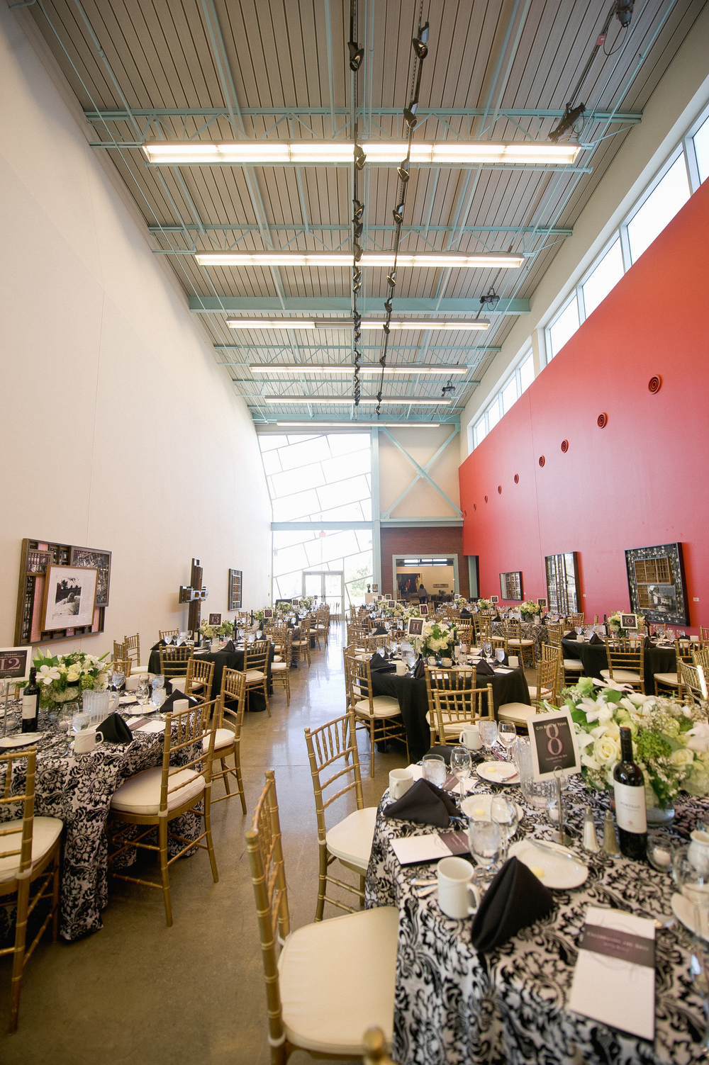 Upscale Elegance Mingled With Contemporary Art Makes This One Of The Most  Desirable Spaces In The City For Your Event. Rental Of The Exhibition Hall  ...