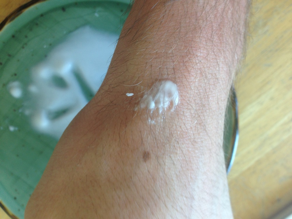 baking soda + water on a bite