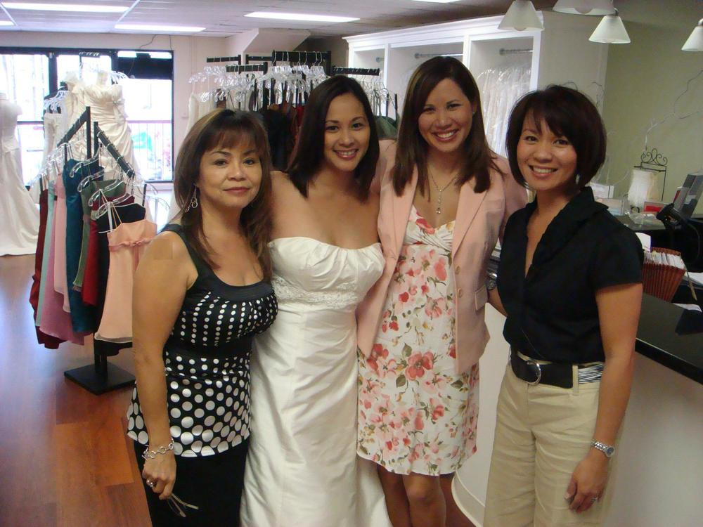 The Bridal Boutique gals with Tannya Joaquin