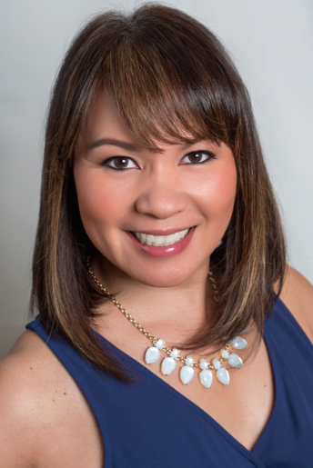 Cecilia Domingo      Owner & Lead Bridal Consultant