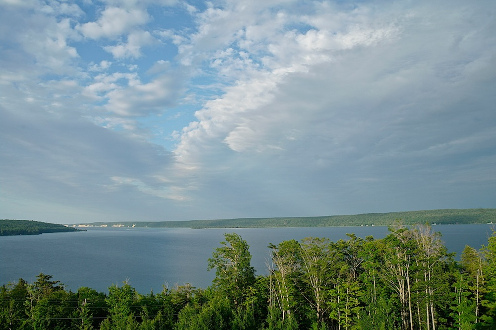 Lake_Superior_2011-07-07_05-23-16_1 of 4©MaggieLynch2011.jpg