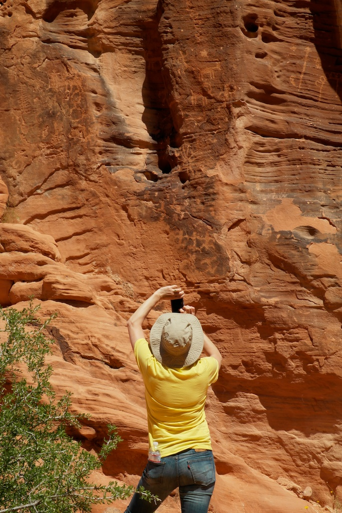 Valley_of_Fire_2014-04-18_00-11-17_6 of 9©MaggieLynch2014.jpg