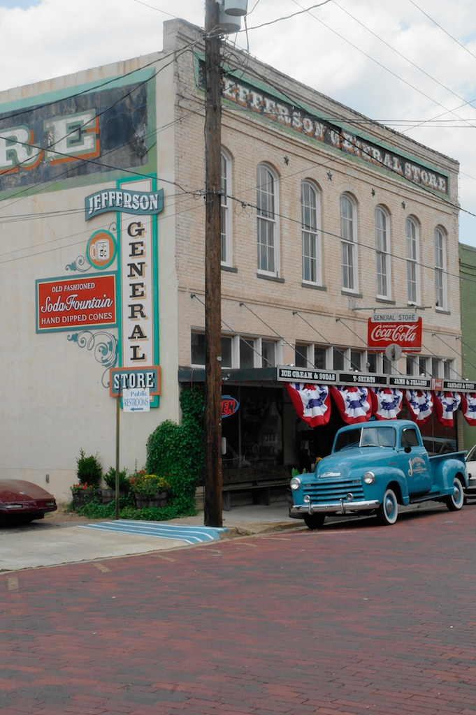 Jefferson. Texas_2011-06-16_23-53-56__SAM5544©MaggieLynch2011.jpg