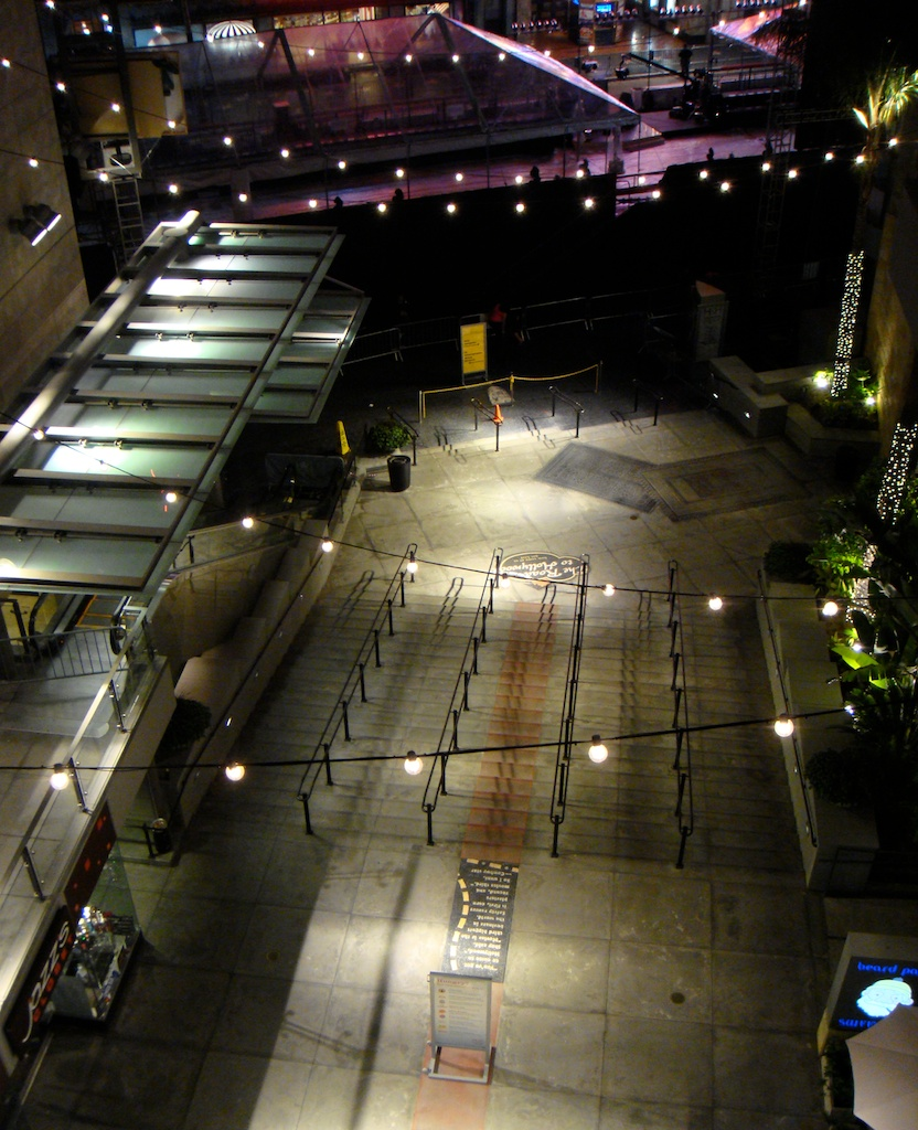 Kodak center night scene - 6.jpg
