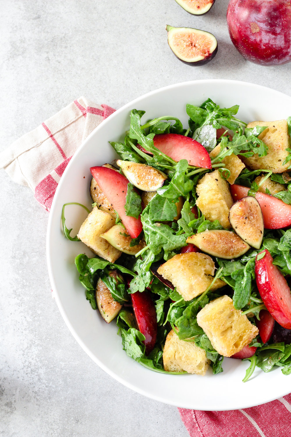 Gluten-Free Pluot Fig Panzanella Salad