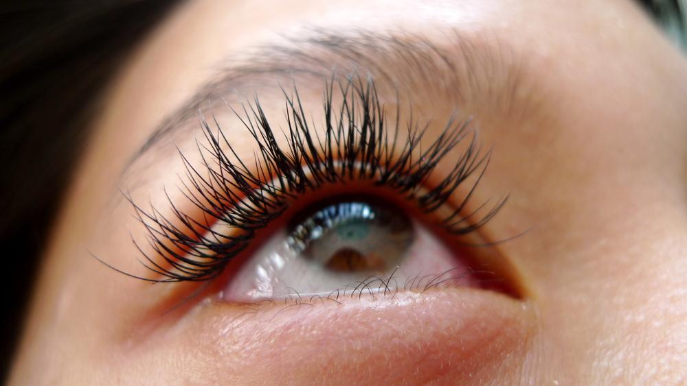 eyelash1a.jpg