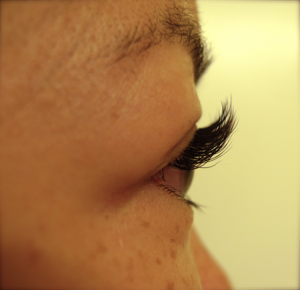 eyelash1c.jpg