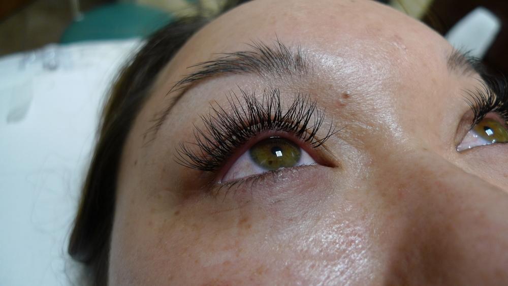 eyelash9a.jpg