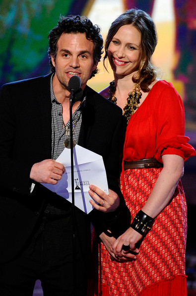 Vera+Farmiga+Mark+Ruffalo+2011+Film+Independent+J7NAFss0Dvcl.jpg