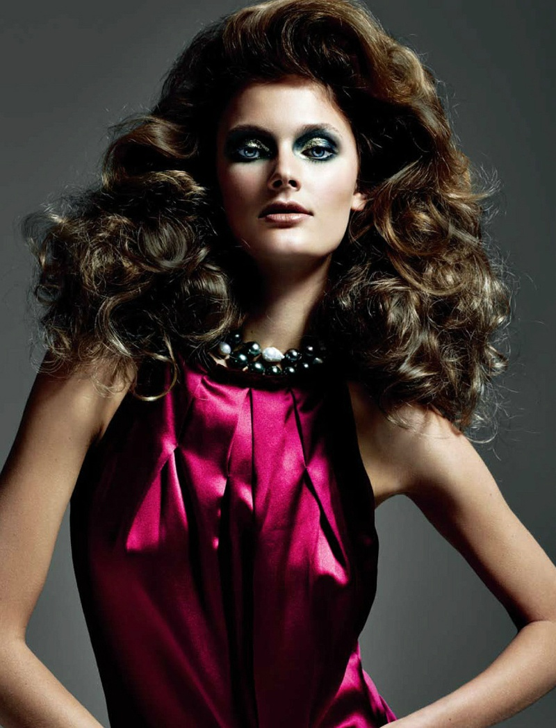 Constance Jablonski, photo by Tiziano Magni, Styled by Joseph Carle - Numéro China - September 2011