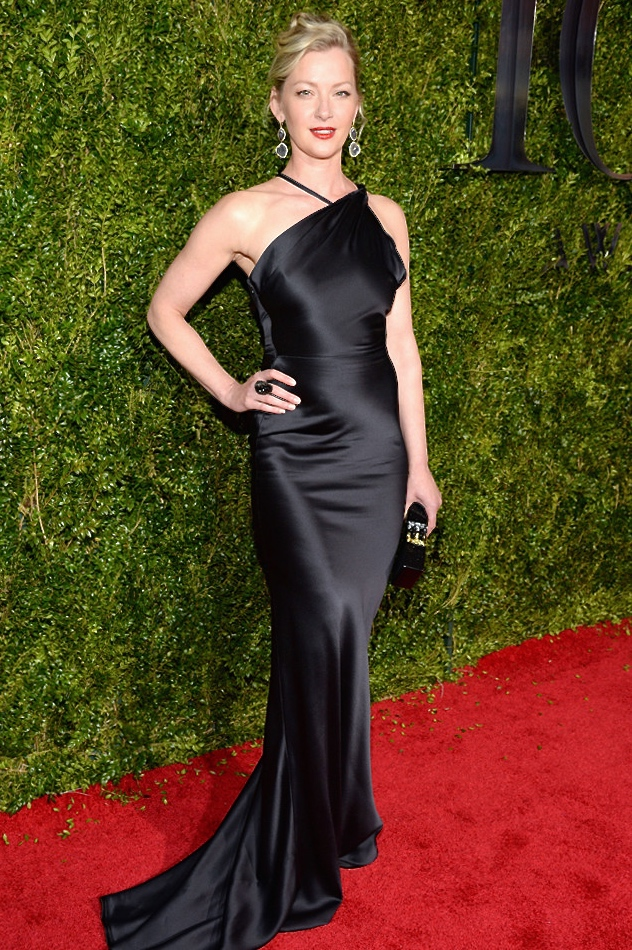 Gretchen-Mol-Tony-Awards sophie theallet.jpg