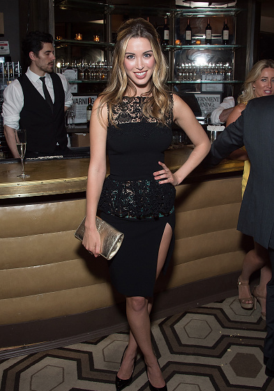 Melissa bolona in sophie theallet in stereo premiere.png