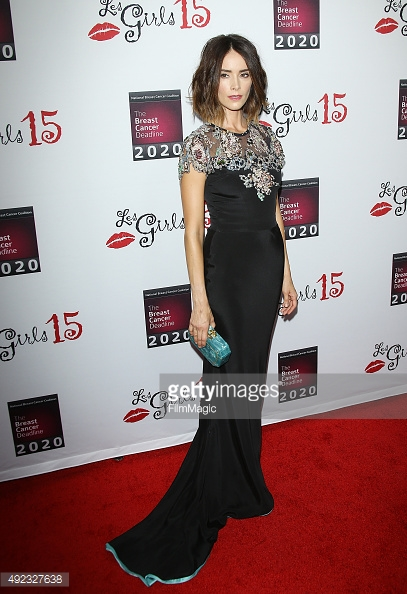 Abigail spencer - wearing sophie theallet - les girls 15.jpg