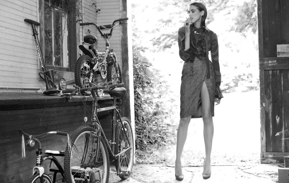 Ana Buljevic, photo by Christophe Kutner,Styling by Giannie Couji - UBIKWIST