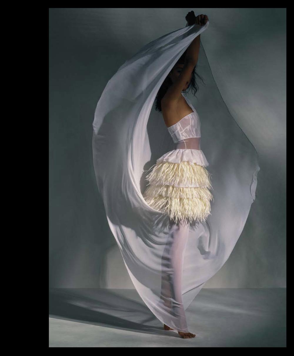 Joline Braun photo by patrick Ibanez styled by Giannie Couji - UBIKWIST ISSUE #2