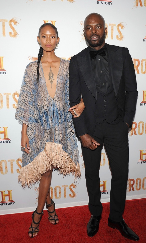 adesuwa aighewi in sophie theallet- chris Obi - roots premiere3 (1).jpg