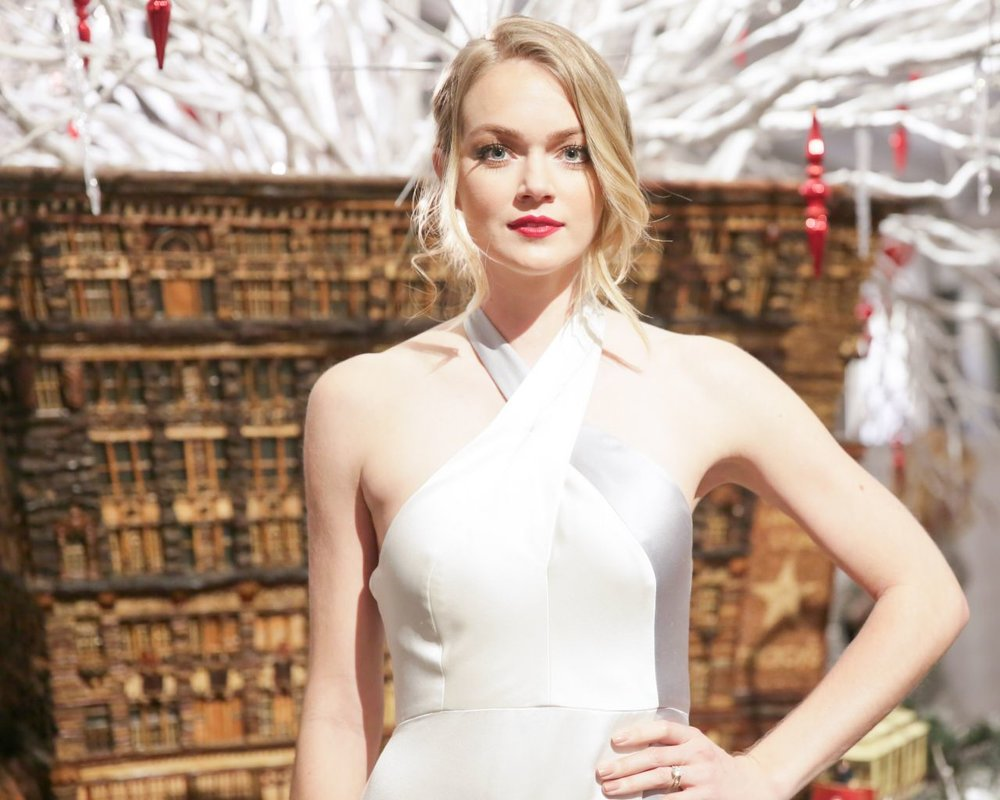 lindsay-ellingson-winter-wonderland-ball-at-new-york-botanical-garden-in-bronx-december-2015_4.jpg