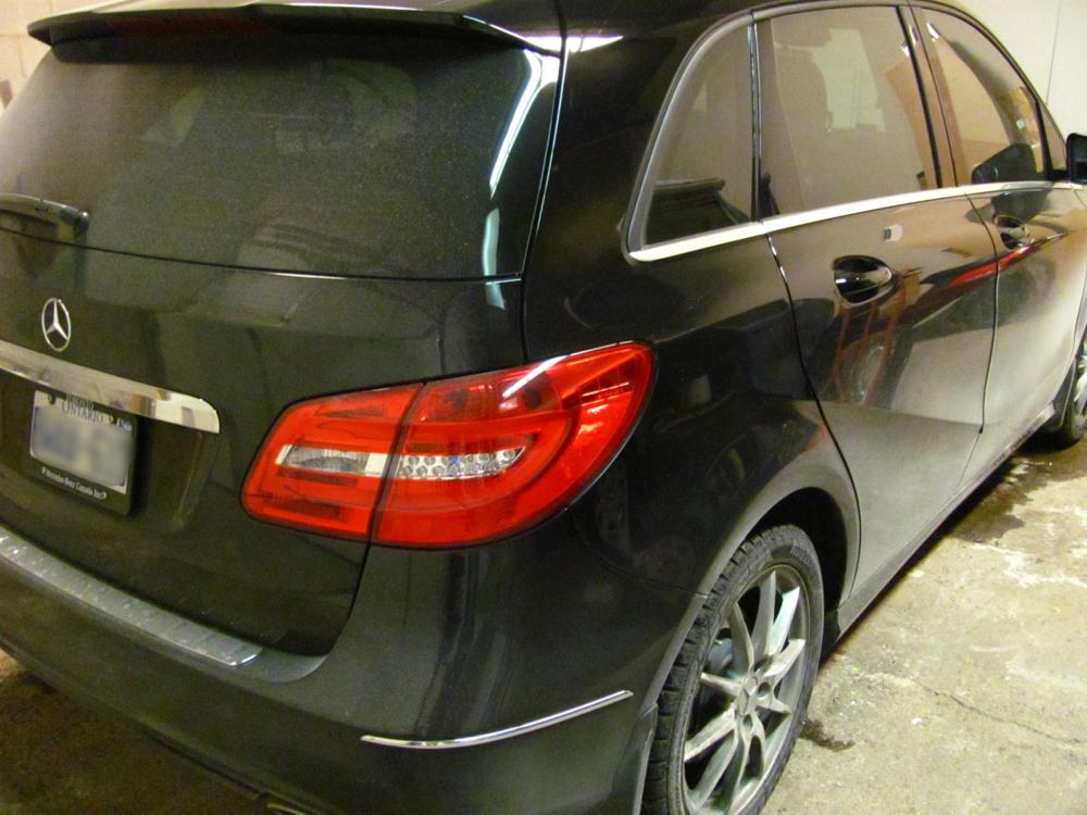 Mercedes Benz B250 Dirty Car