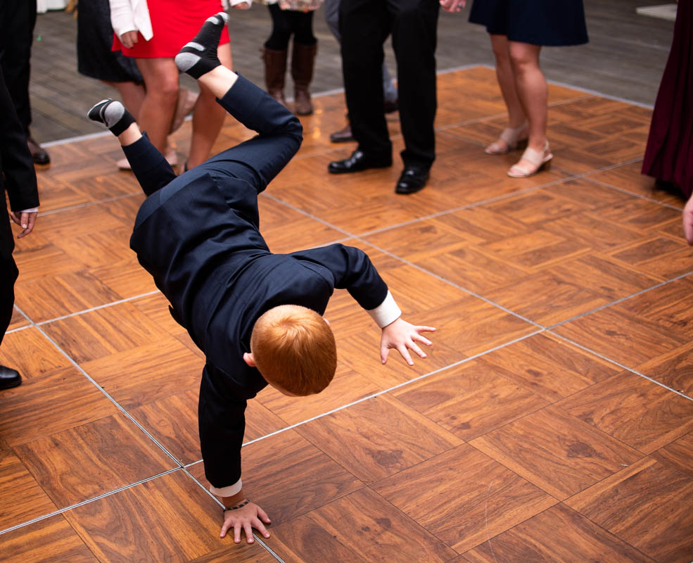 vermont wedding reception child breakdancing