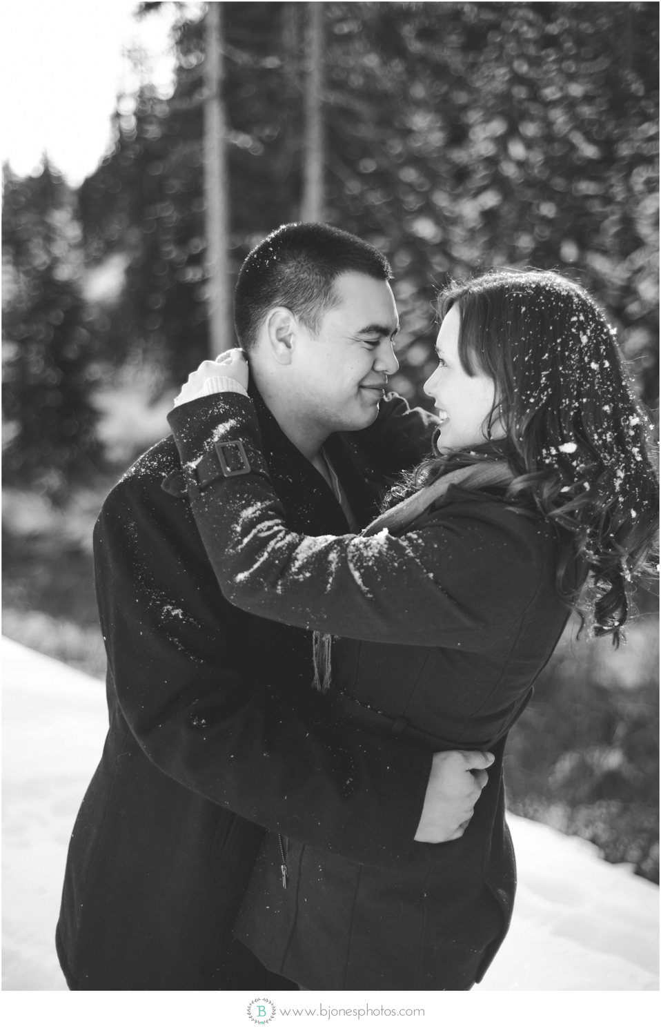 Snow enagement session| seattle Wedding Photographer | snohomish