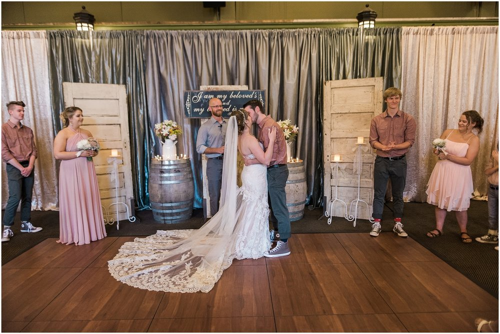 McMenamins Anderson School, Bothell Wedding, Eclectic Wedding, Vintage Details, classic  wedding
